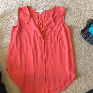 Tops - Coral flowy blouse